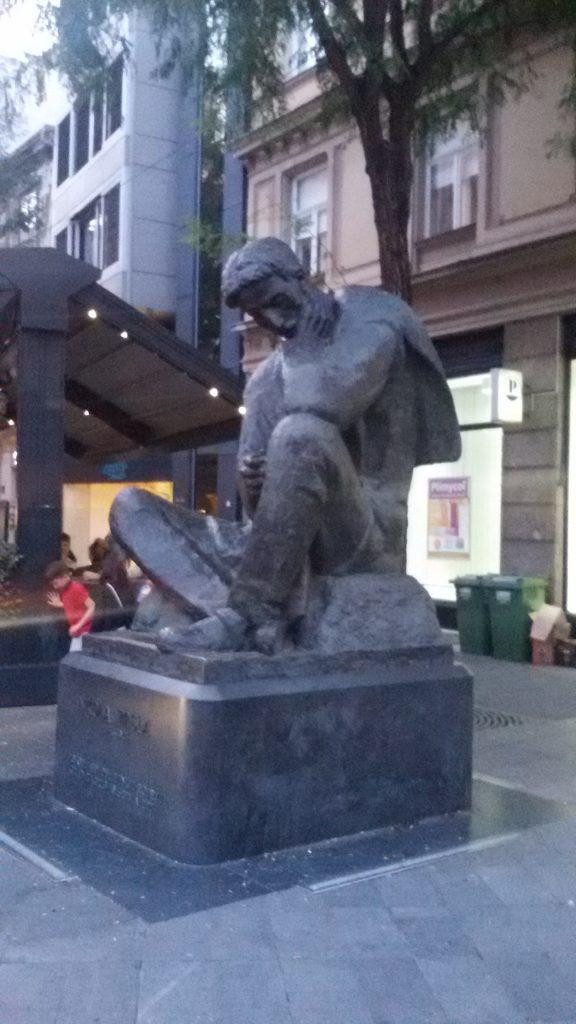 Estatua de Nikola Tesla