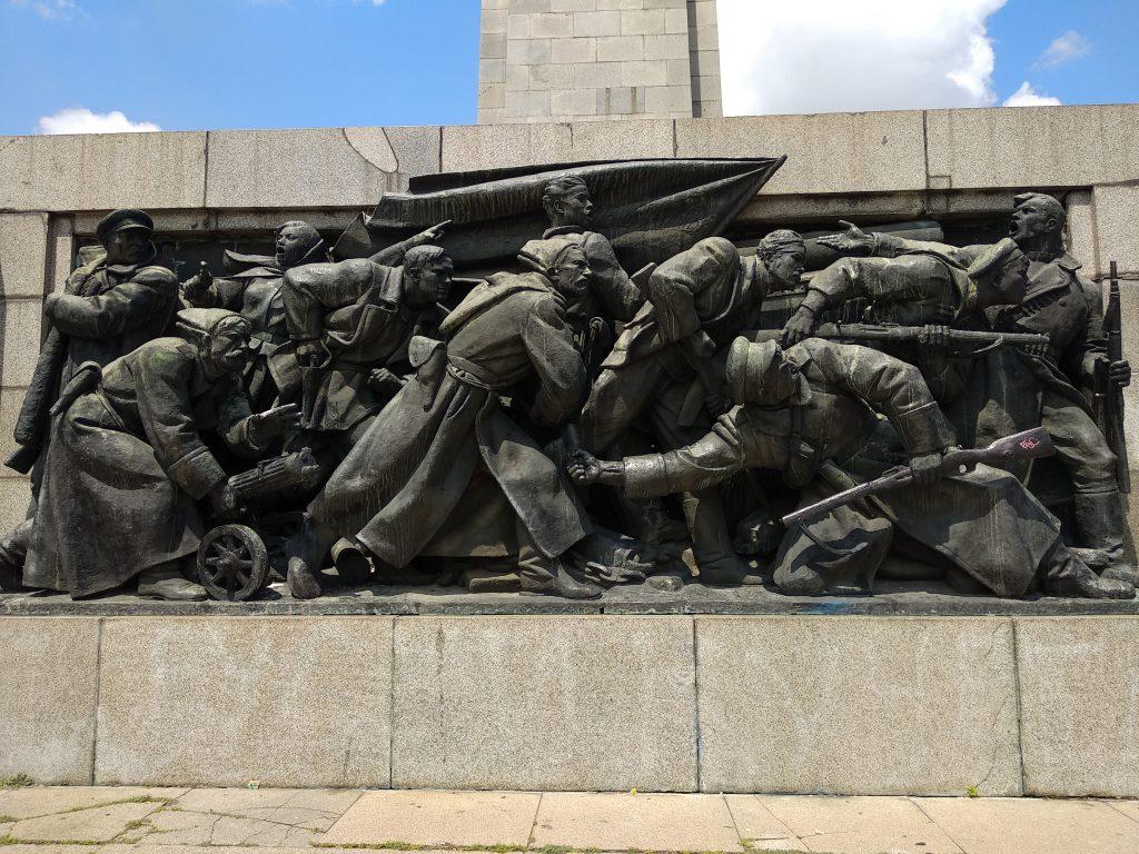 Base del monumento al ejercito soviético.