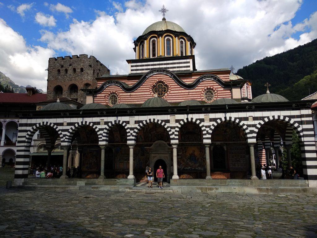 Iglesia dentro del monasterio de Rila